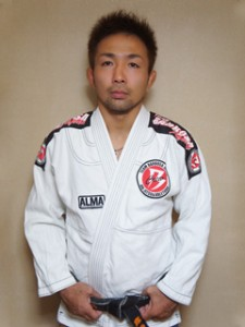 iwama-tomomi-320-225x300